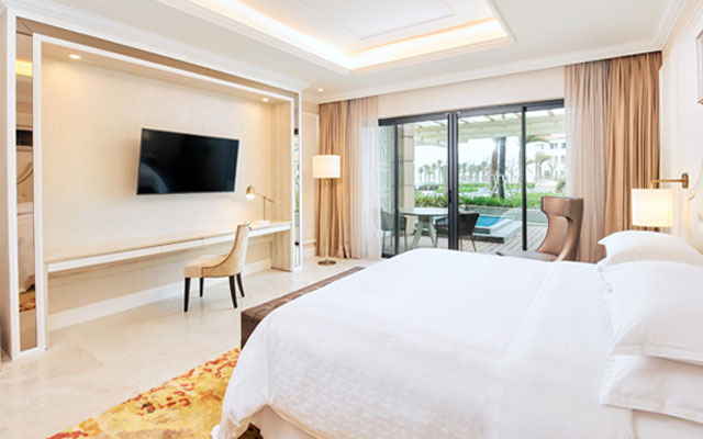 First Sheraton Grand Resort in Vietnam opens; boasts its own conference centre