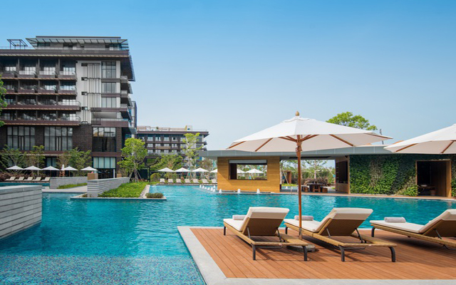 Luxury brand 1 Hotels opens first outpost in Sanya